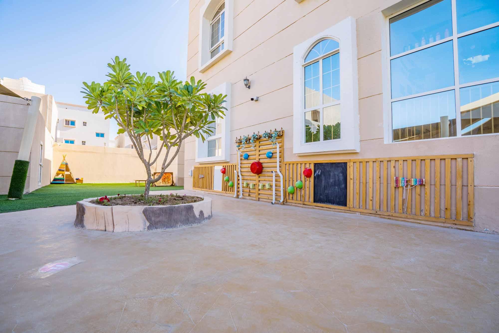 Khalifa outdoor 11