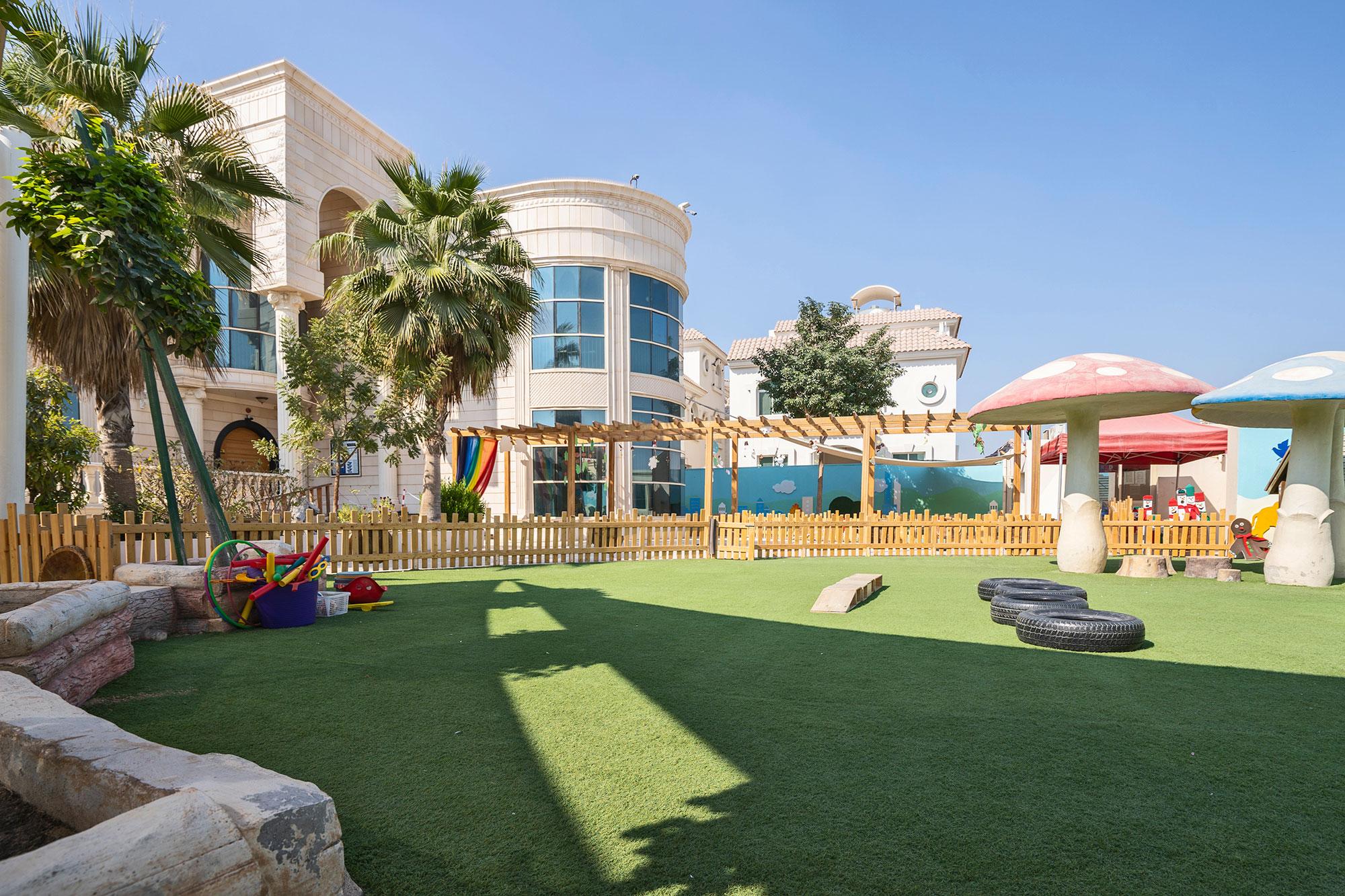 RWN-Khalifa-outdoor-10