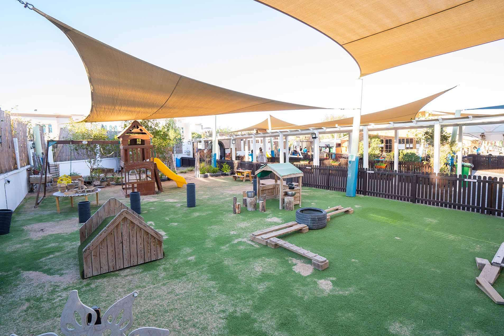 WCN Umm Suqeim outdoor 3